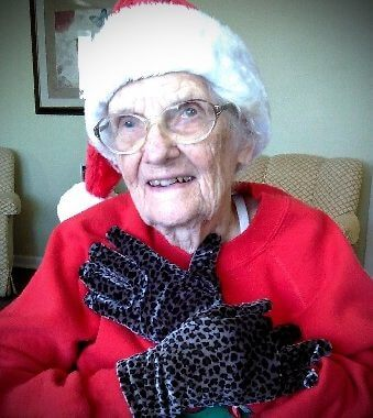 Among the best holiday gifts for people with Alzheimer's: warm gloves.